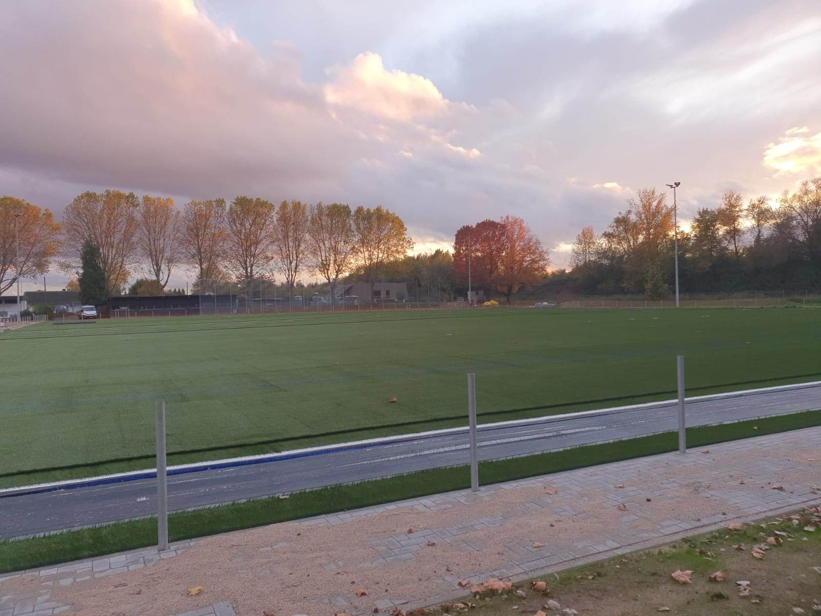 Bilder-Sportplatz4