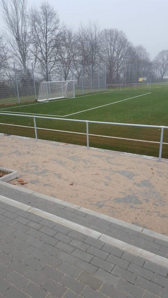 Sportplatz15